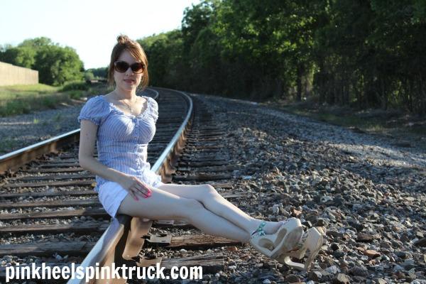 Pink Heels Pink Truck // Summer Style Inspiration