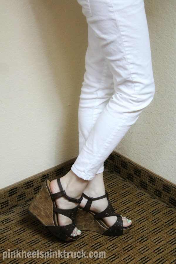 #Navy #Birds with #White #Skinnes and #Brown #Sandal #Wedges // pinkheelspinktruck.com