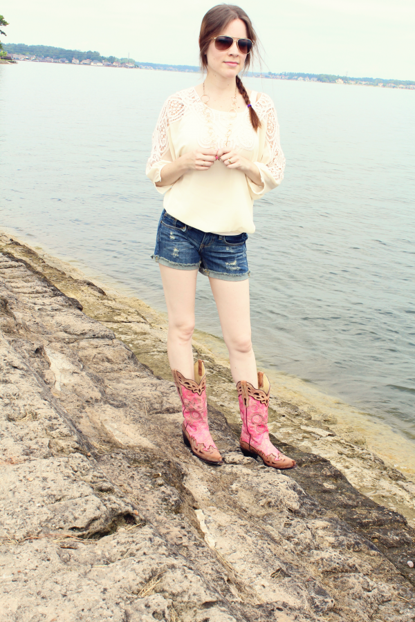 Pink Corral Boots from CountryOutfitter.com (country girl fashion) #countryoutfitter #sponsored