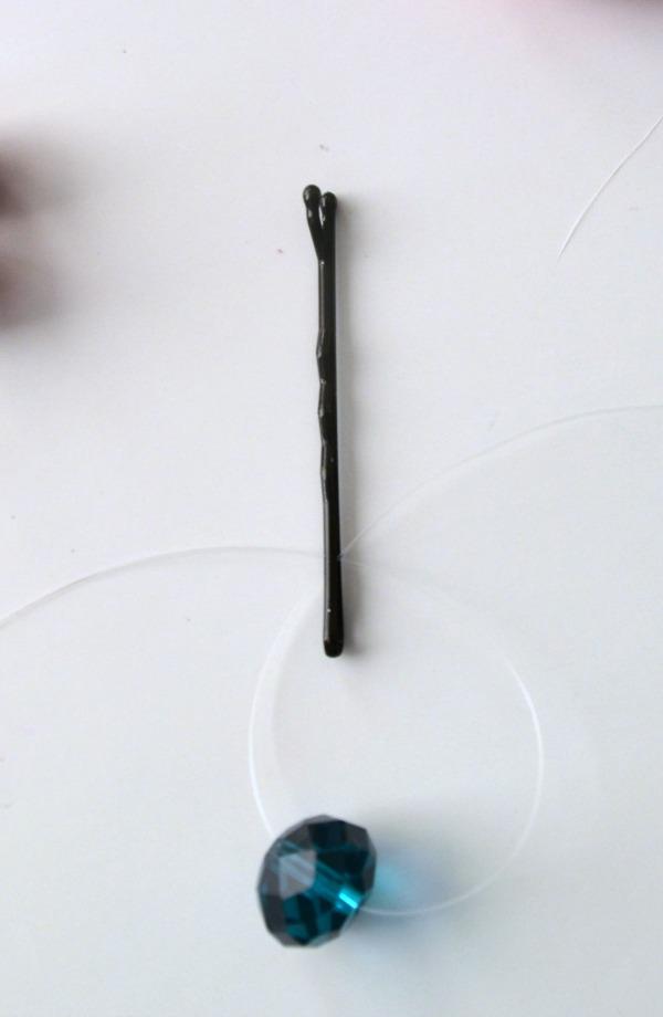 tie_bead