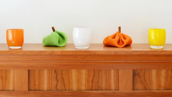 burlap_pumpkins_glassybaby
