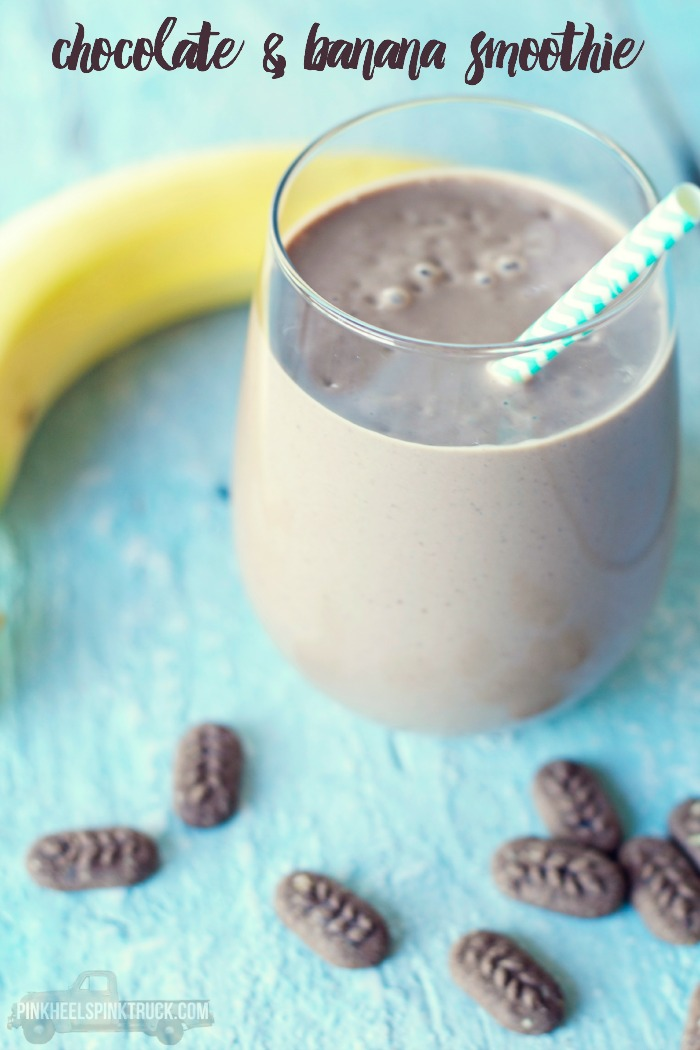 Chocolate and Banana Smoothie: This is an amazingly satisfying breakfast smoothie! Definitely add this one to your list!!