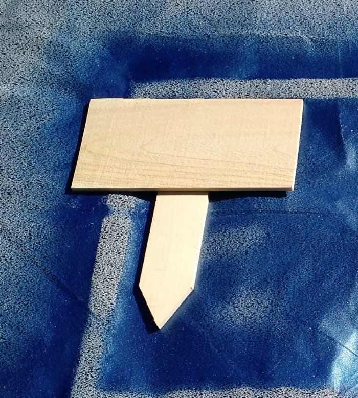 blank-wooden-sign