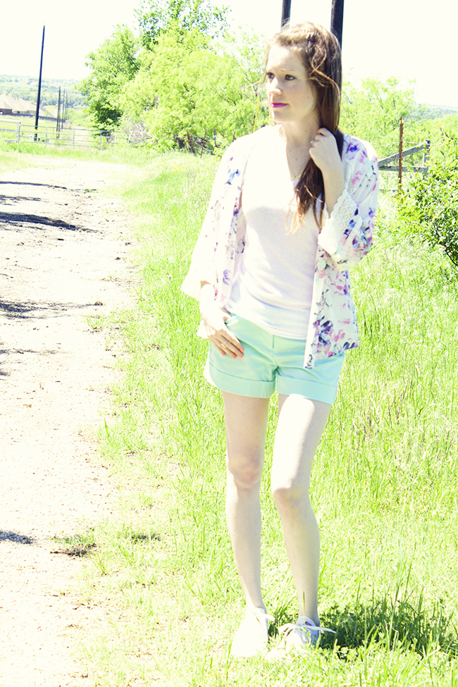 Pair a floral kimono with your favorite pair of pastel shorts and some Chuck Taylor's and you've got a fun, casual summer outfit!