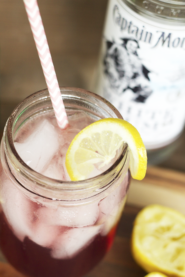 Looking for a new cocktail to try? How about this super simple Blackberry Fizz Cocktail! It's Blackberry Syrup, White Rum and Lemon Juice!