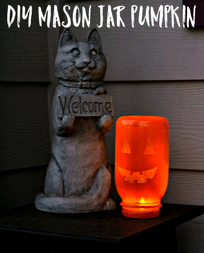 Not a huge fan of carving a pumpkin? Try out this Easy DIY Mason Jar Pumpkin Craft!