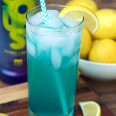 Cocktail: Electric Lemonade