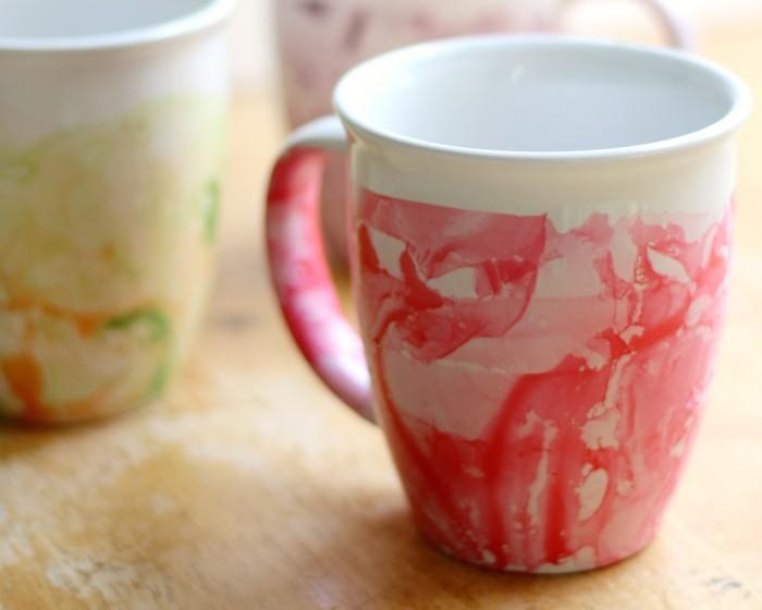 DIY-Marbled-Nail-Polish-Mugs-7