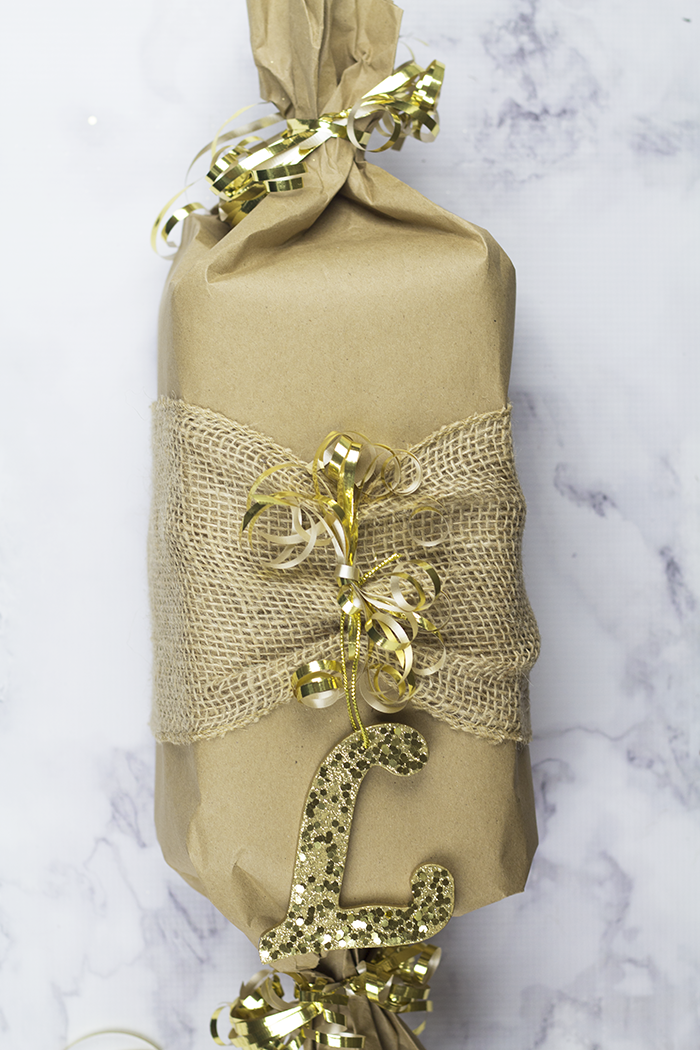 Easy Gift Wrapping 6