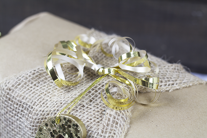 Easy Gift Wrapping Prep 4