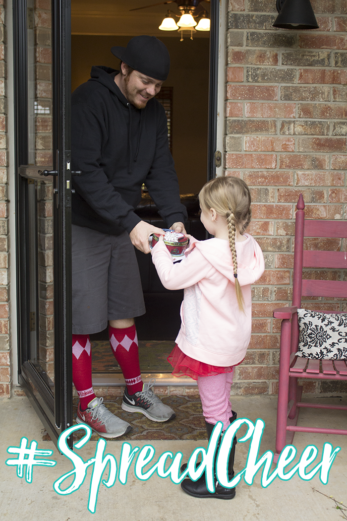 #SpreadCheer this holiday season with Betty Crocker. Bake up some cookies, package them up and deliver to your neighbors for a random act of kindness!