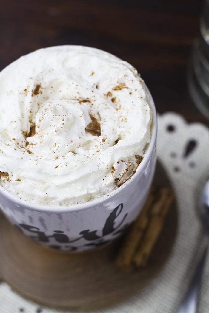 Boozy Snickerdoodle Chai Tea Latte 3