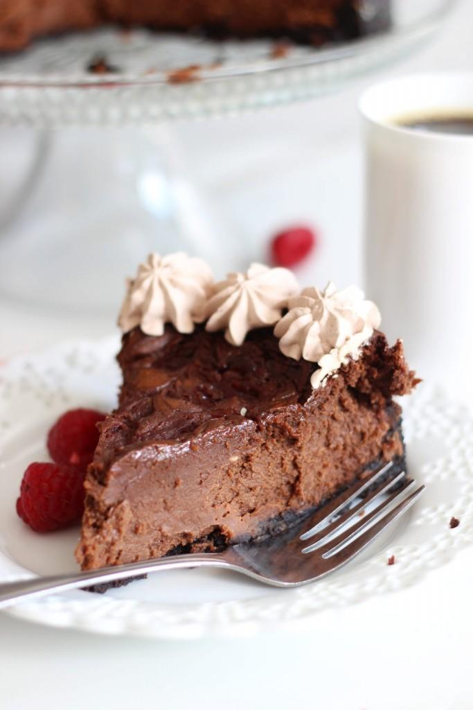 nutella-espresso-cheesecake-with-raspberry-swirl-13-683x1024