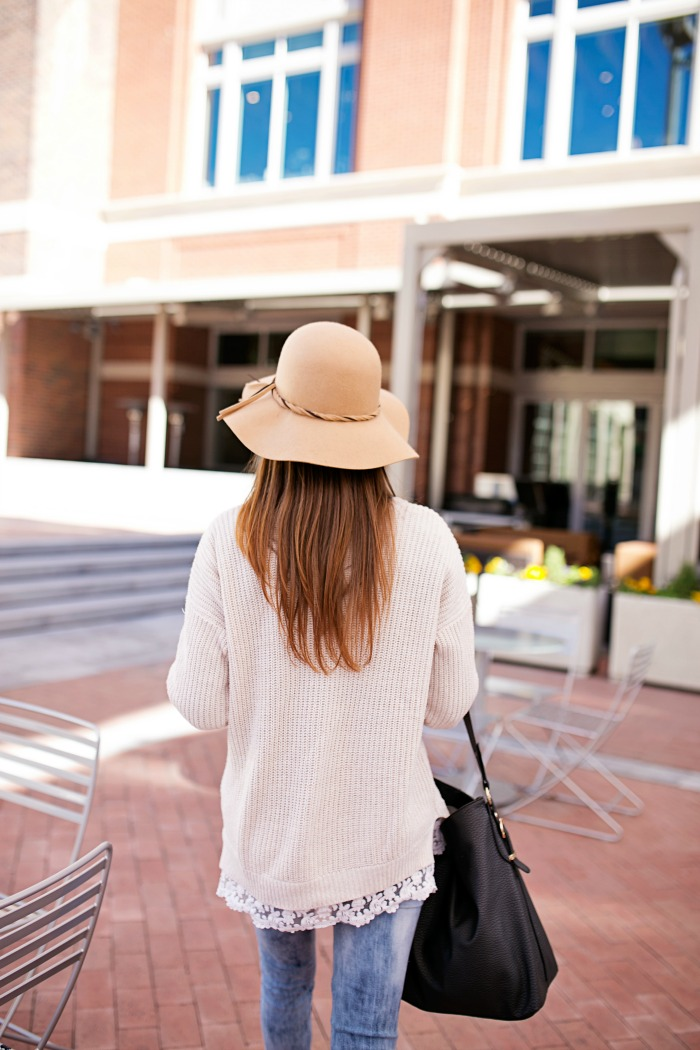 Oversized Sweater, Floppy hat