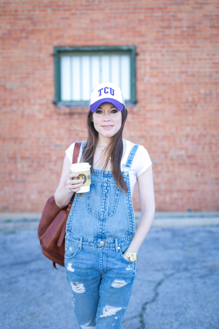 How to Style Overalls for a Casual Day Out