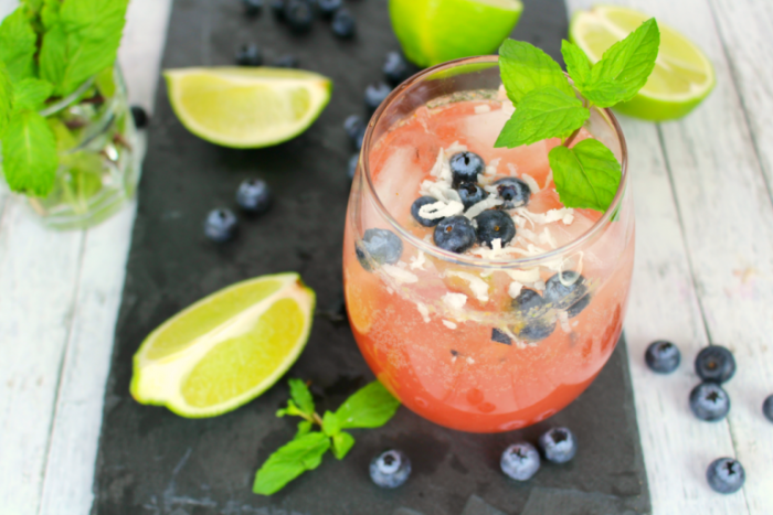 Blueberry-coconut-mojito-DelightfulEMade-hz1-768x512