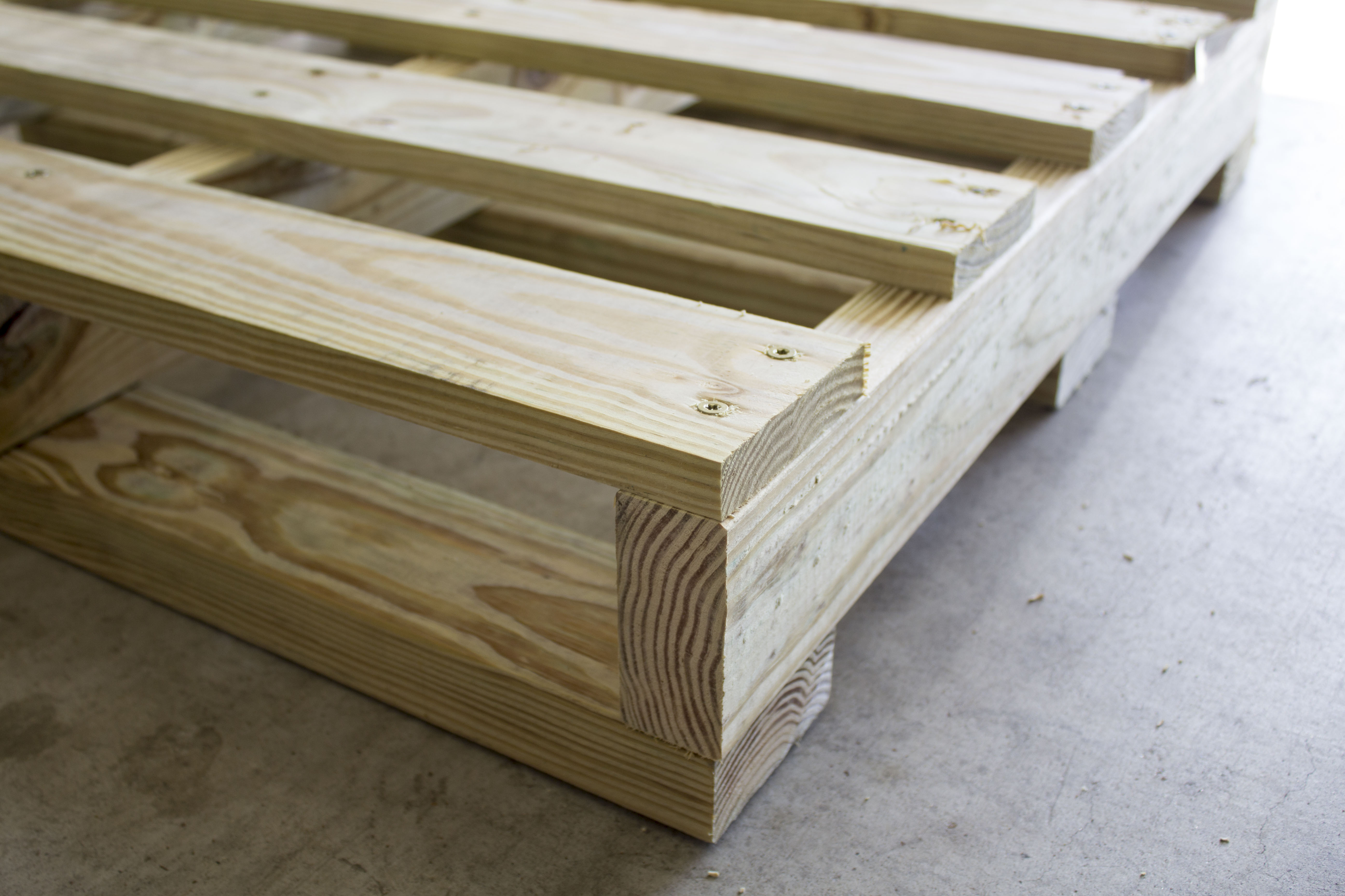 How to Make a Pallet