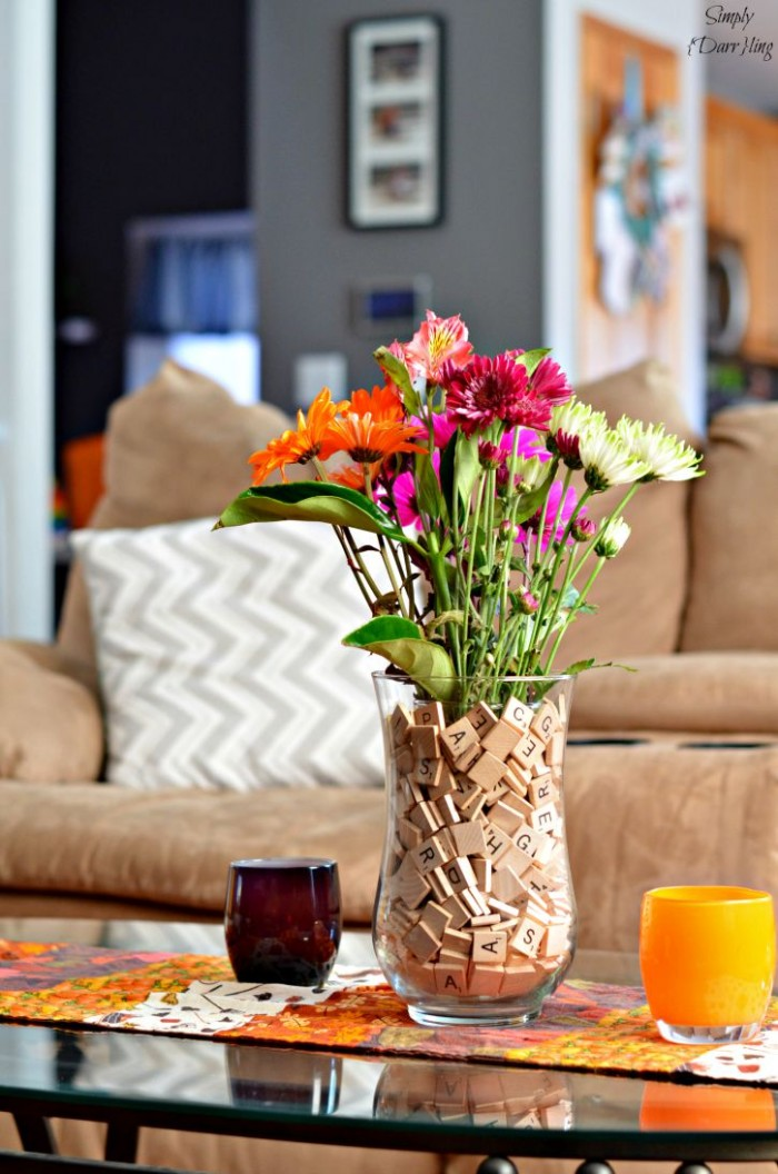 scrabble-vase-centerpiece