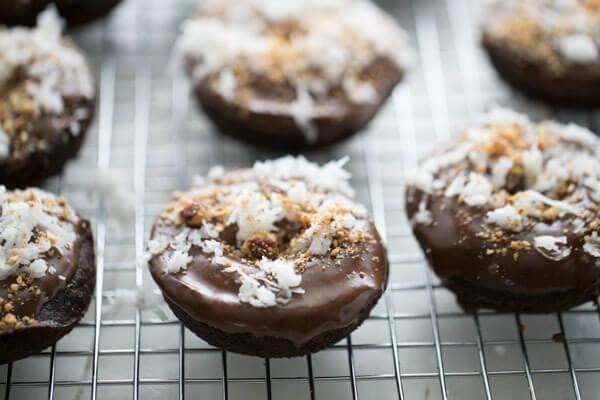 Almond-Joy-Baked-Donuts-HZ