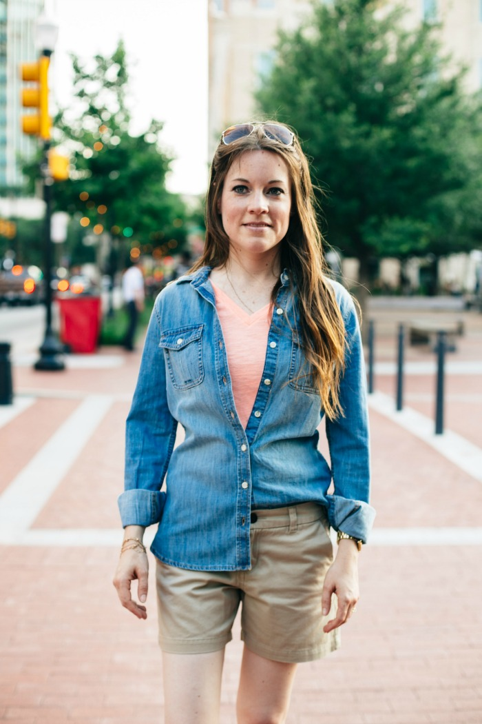 Chambray is a staple in my closet. It's a piece that can be worn all year round. Check out how to style a chambray shirt in this post.