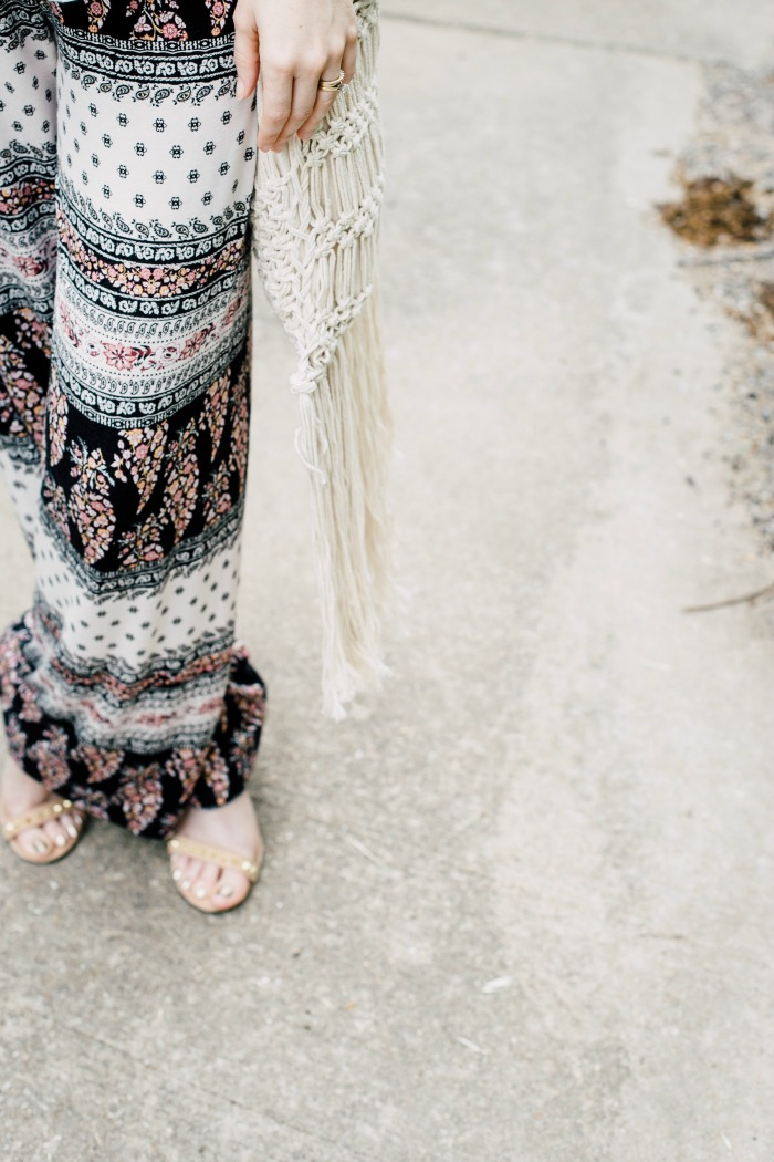 How to Style Printed Pants for a Casual Day Out