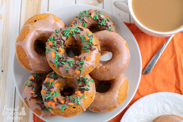 cinnamon-glazed-pumpkin-buttermilk-donuts-1