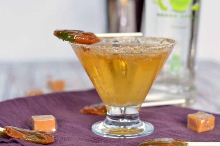 caramel-apple-sucker-martini