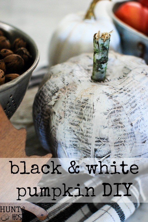 black-and-white-newspaper-pumpkin-diy