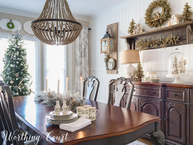 farmhouse-glam-christmas-dining-room