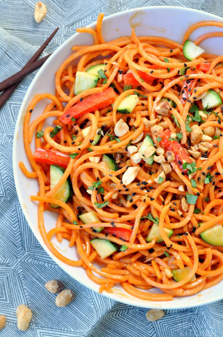 10-minute-thai-veggie-noodles-5