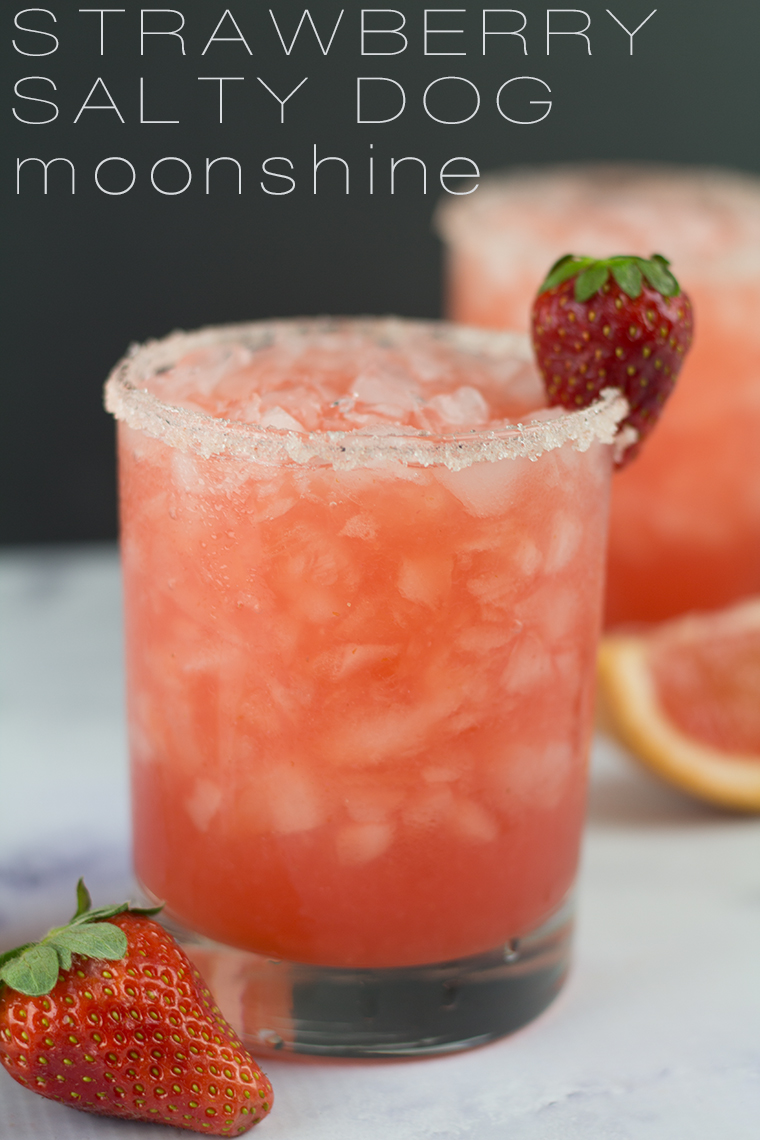This Strawberry Salty Dog Moonshine cocktail is going to be a huge hit this BBQ season.